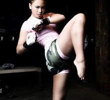 Women In Muay Thai