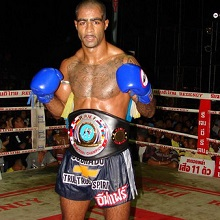 foreign muay thai champion